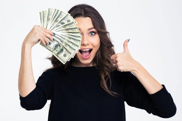 La mujer y el dinero
